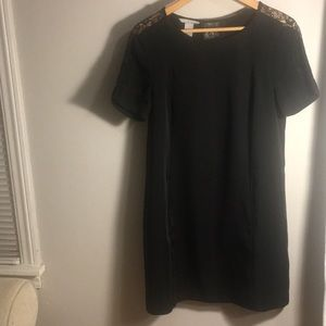 H&M Black Short Shift Dress w Lace Inset Size 8